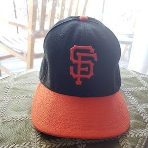 EUC Fitted SF Giants Cap